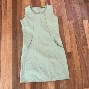 Light green dress with pockets!